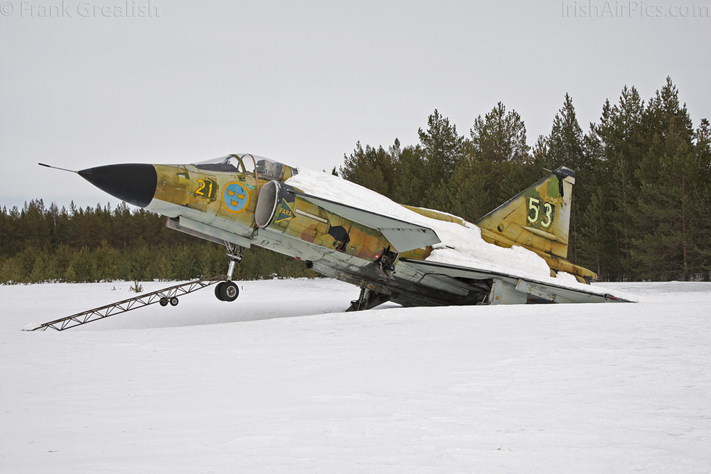 Saab AJS37 Viggen 37905 at Lulea