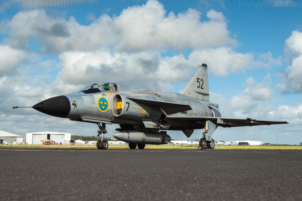 SwAFHF Viggen SE-DXN at Shannon Airport in July 2015