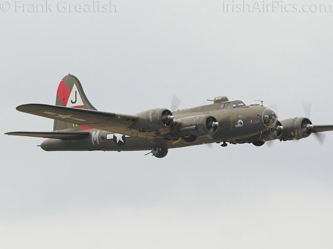 Boeing B-17G Flying Fortress, F-AZDX, Private
