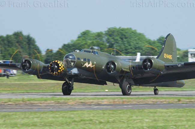 Boeing B-17G Flying Fortress 299P, G-BEDF, B-17 Preservation Ltd