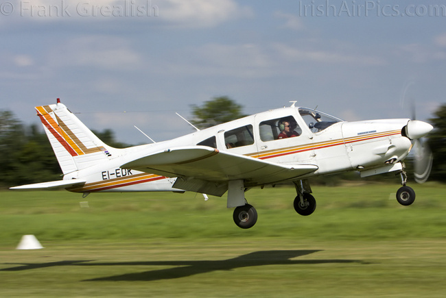 Piper PA-28R-200 Cherokee Arrow II, EI-EDR, Private